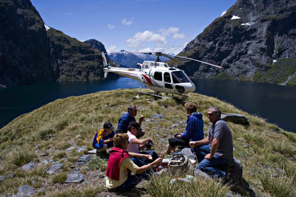 Milford-sound-scenic-flight-quill