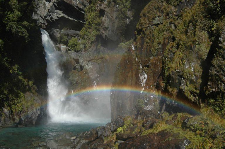 Fiordland-activity-hidden-falls