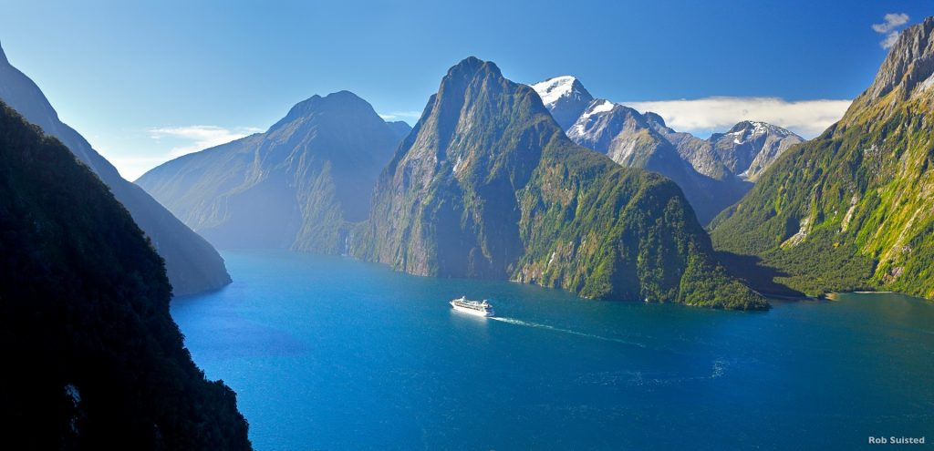 Fiordland, New Zealand with Southern lakes Helicopters