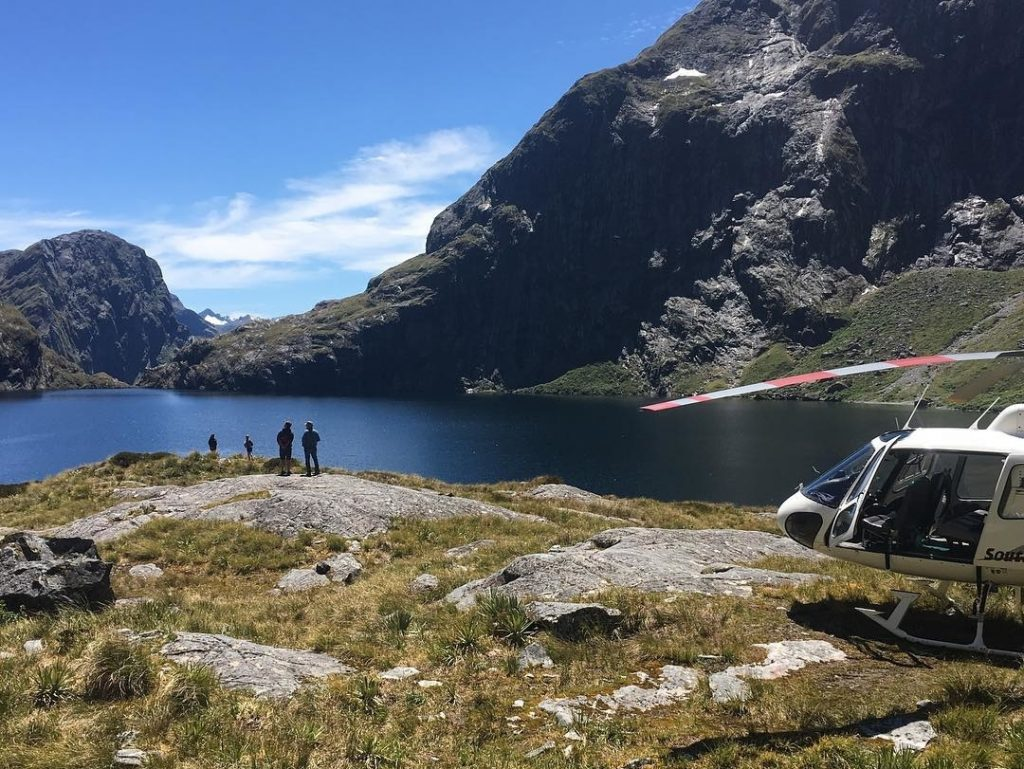 Helicopter Viewpoints in Fiordland